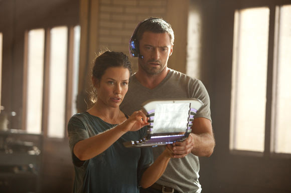 Hugh Jackman, Evangeline Lilly în Real Steel