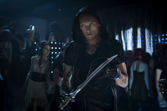 Jamie Campbell Bower în The Mortal Instruments: City of Bones