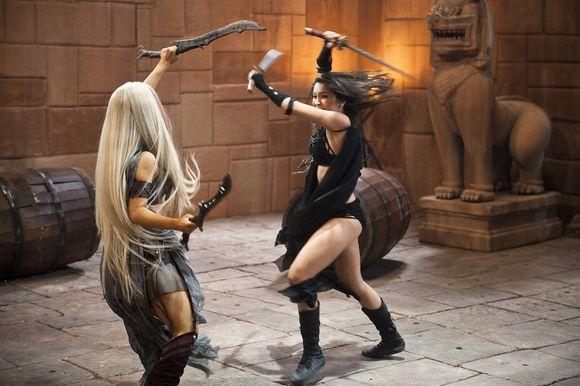 Selina lo krystal vee în the scorpion king 3 battle for redemption