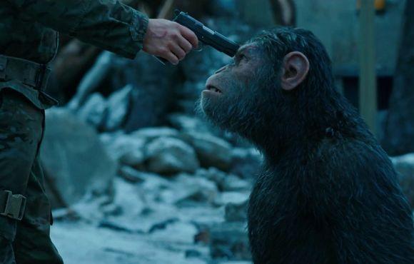 Război pentru Planeta Maimuţelor 2017 - Filme online