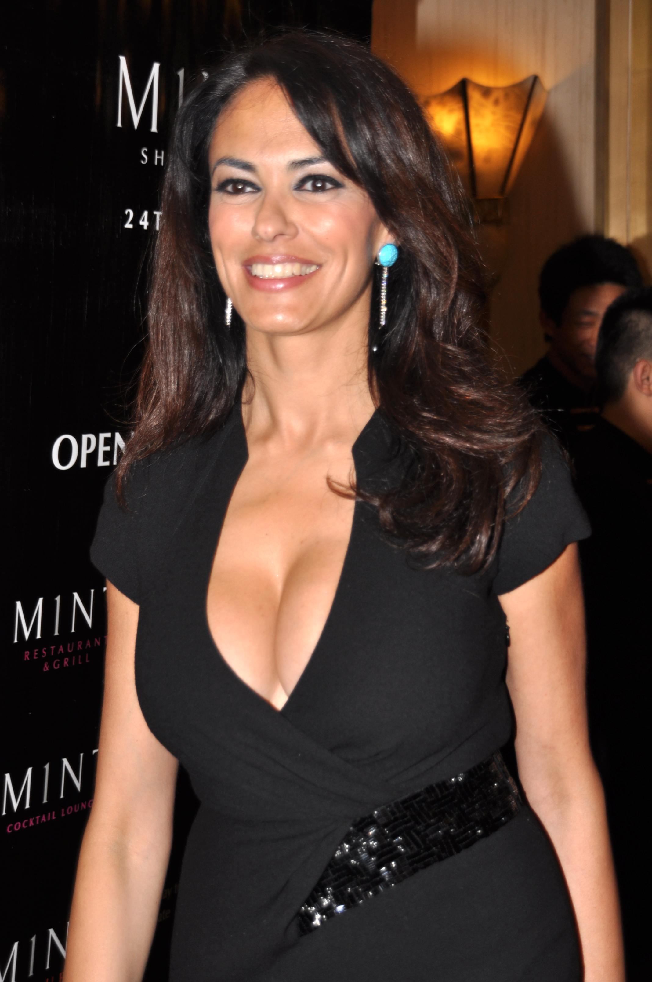 Poze Maria Grazia Cucinotta - Actor - Poza 2 din 82 ... Kim Cattrall Wiki