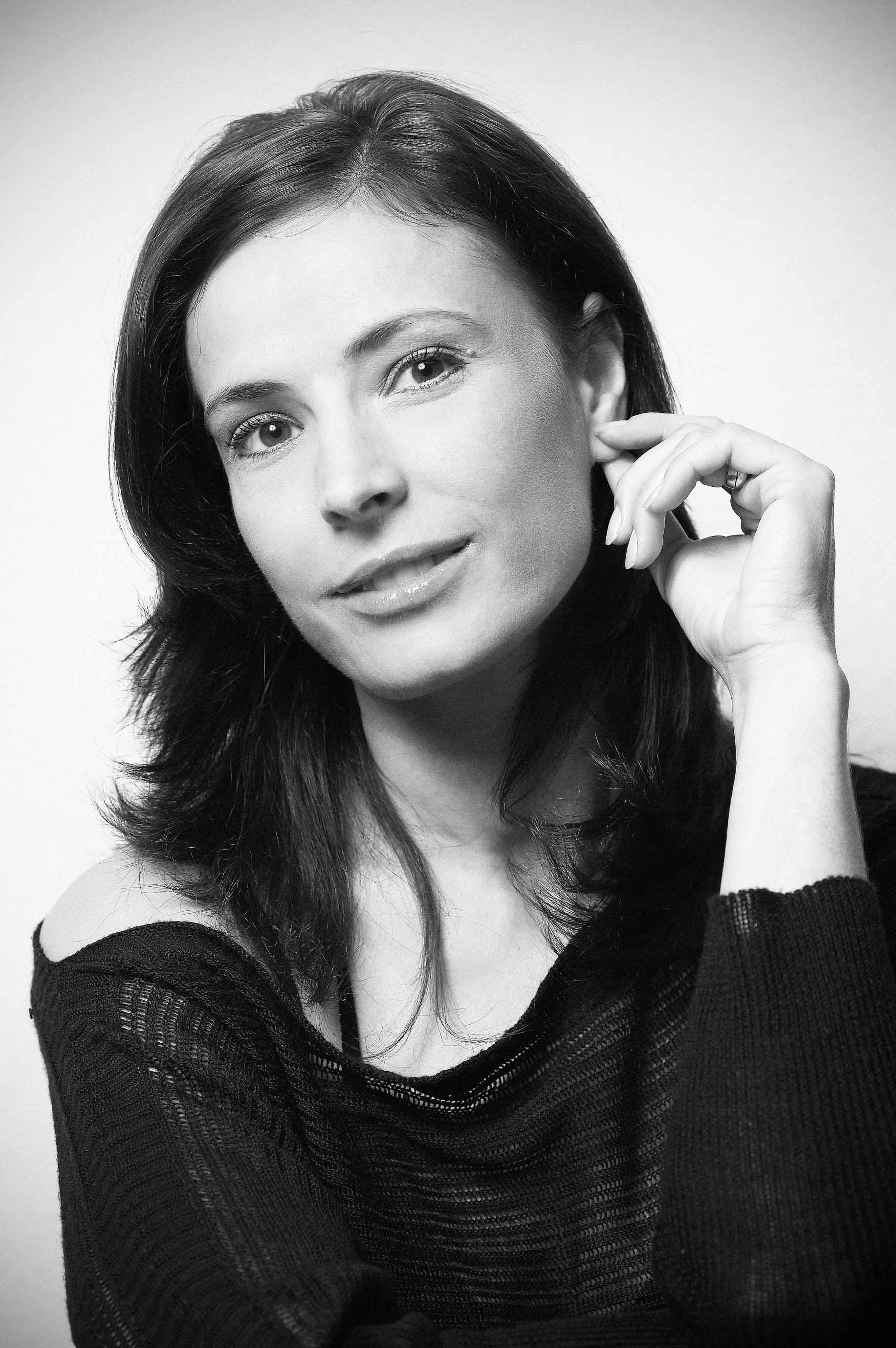 Monica Davidescu Nude Photos 27