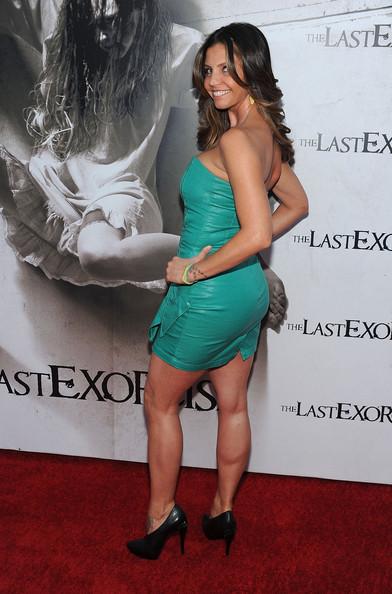 Michelle trachtenberg sexy ass - 1 part 5