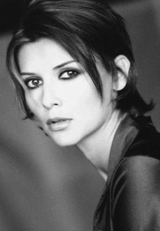 Poze Veronica Logan - ...