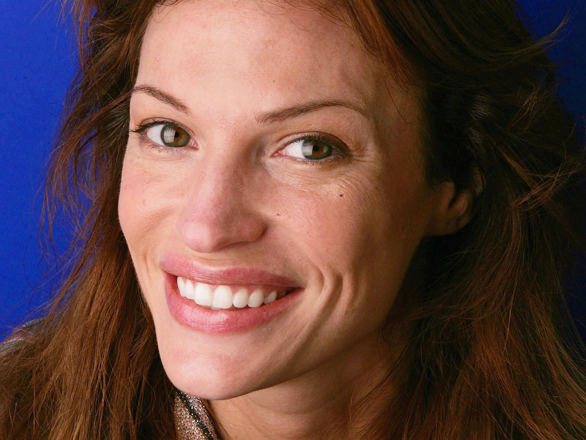 Poze rezolutie mare Jolene Blalock - Actor - Poza 89 din