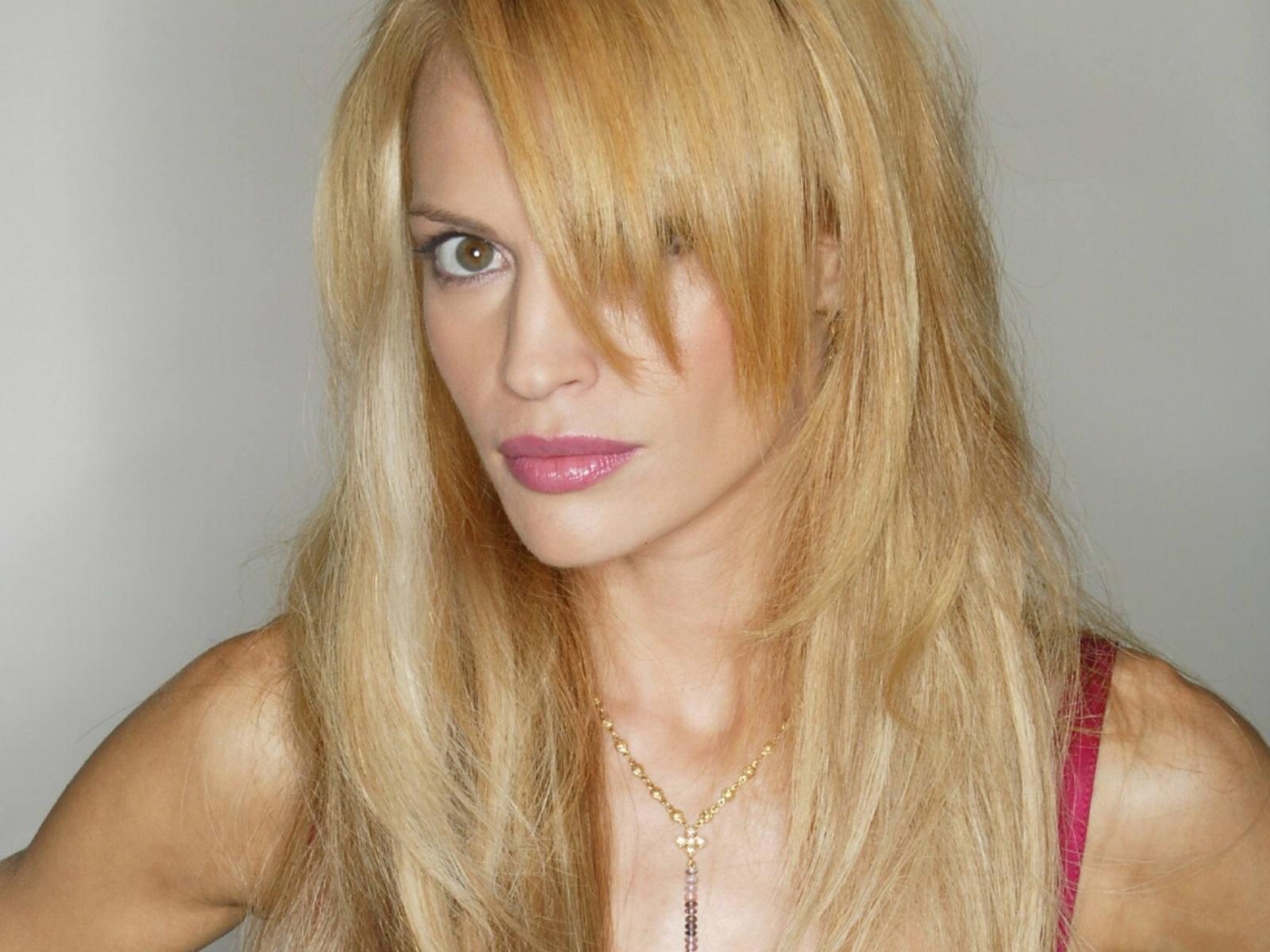 Poze Jolene Blalock - Actor - Poza 29 din 132 - CineMagia.ro