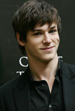 Gaspard Ulliel - Actor - CineMagia.ro