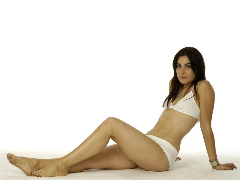 carly-pope-bikini-asian-porn-star-escort