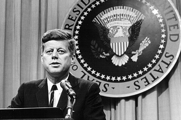 Poze rezolutie mare John F. Kennedy - Actor - Poza 21 din 23 - CineMagia.ro