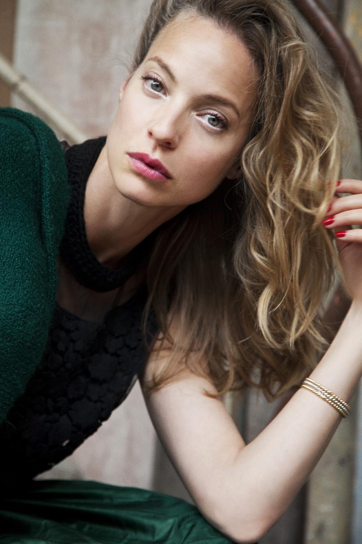 Elodie Frenck Wiki Image Mag
