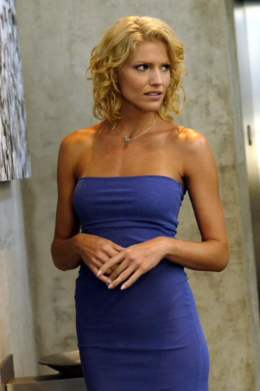 Poze Tricia Helfer - A...L For Lee In Real Life