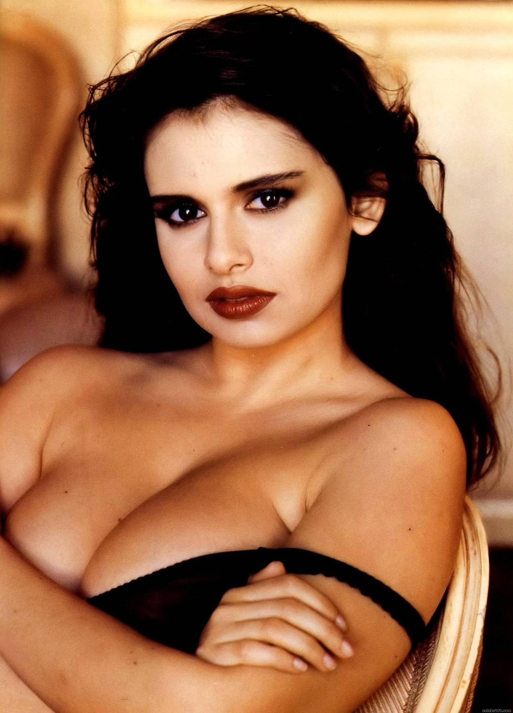 Italian sexy actresses — pic 2