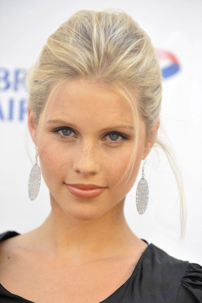 Poze Claire Holt Actor Poza 20 Din 62 Cinemagia Ro