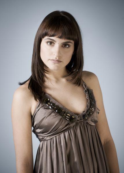 Verónica Echegui