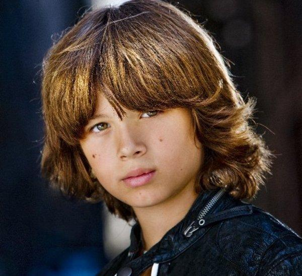 Poze Leo Howard - Actor - Poza 16 din 47 - CineMagia.ro Joseph Gordon Levitt Wiki