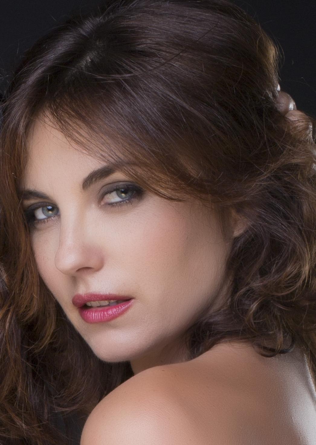 din - Poze Actor Gravina Poza Vanessa - 26 CineMagia.ro - 16