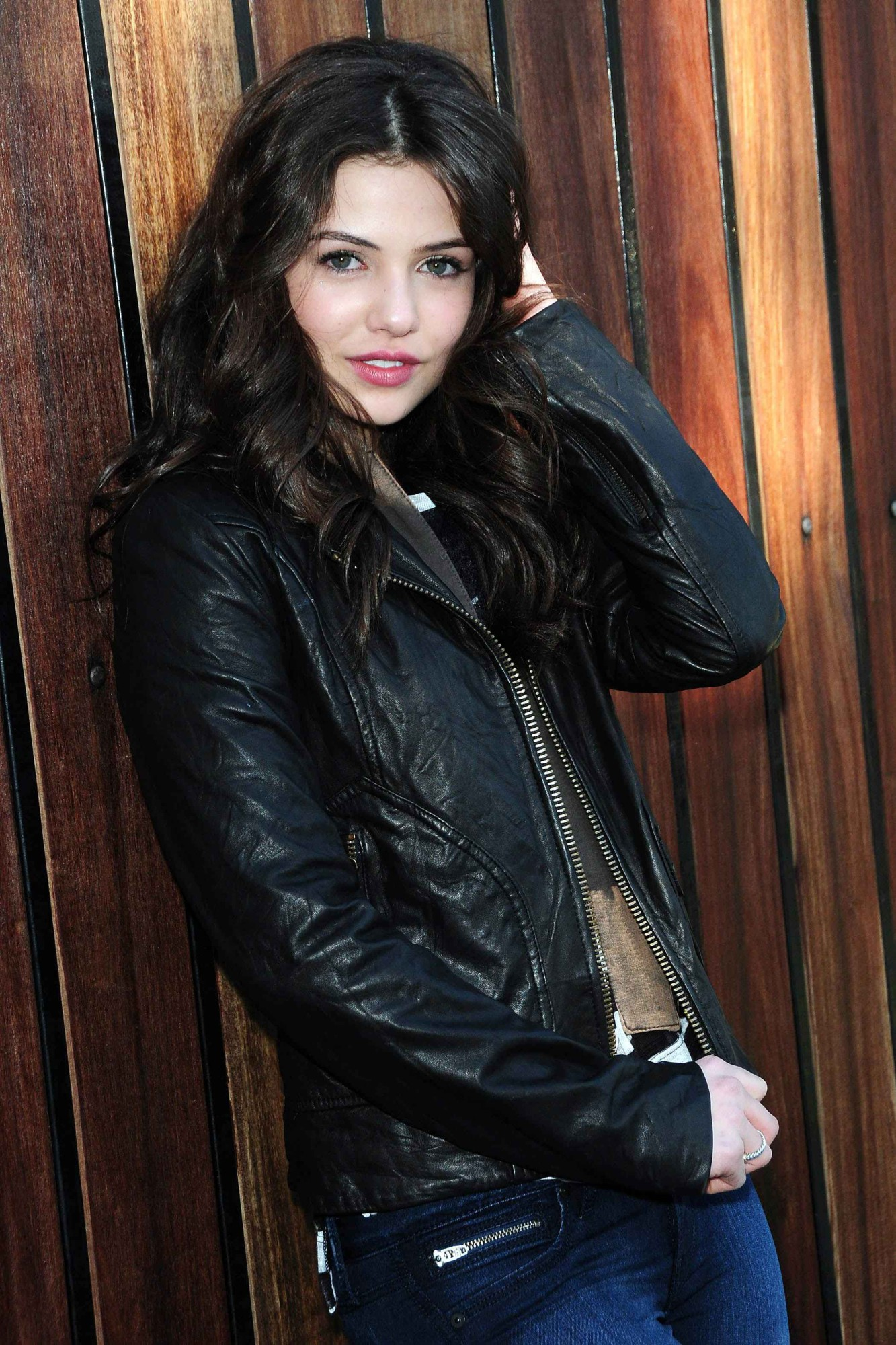Poze Danielle Campbell Actor Poza 14 Din 42 Cinemagia Ro