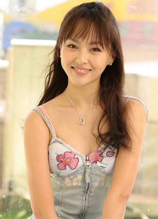 Yan Tang Nude Photos 74