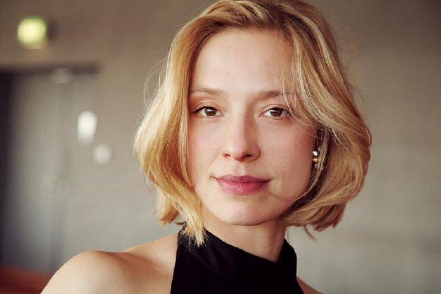Poze Sandra Borgmann - Actor - Poza 12 din 18 - CineMagia.ro
