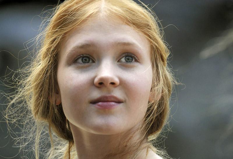 Poze Rezolutie Mare Isolda Dychauk Actor Poza 15 Din