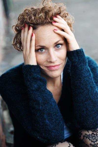 Poze Claudia Hiersche - Actor - Poza 11 din 17 - CineMagia.ro