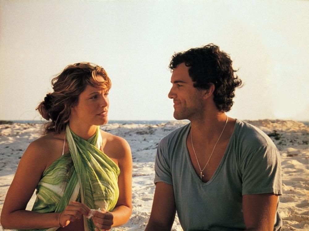Любовные приключения на отдыхе видео, смотреть онлайн порно одна девушка и куча парней