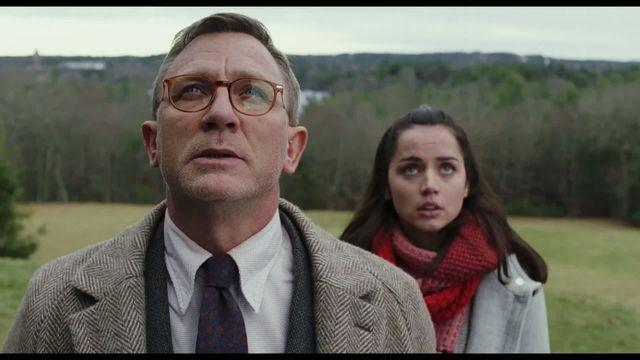 Trailer - La cuțite