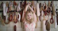 Trailer Der goldene Handschuh