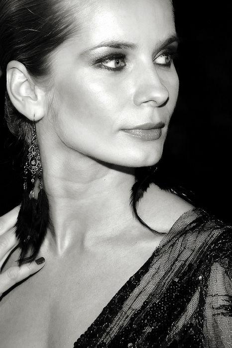 Magdalena Cielecka Nude Photos 32