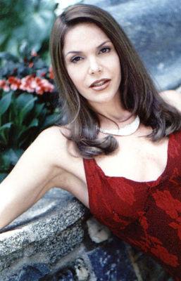 Hilda Abrahamz - poza 5
