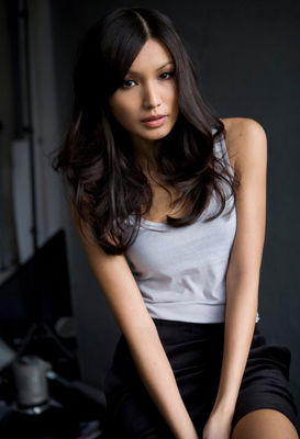 Gemma Chan - poza 6