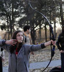 O tânără de 17 ani, Katniss (The Hunger Games) a României