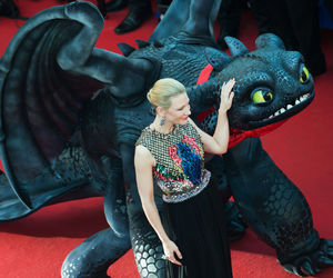 "Dragoni ""de rang 10"", un fel de Kaiju, dezlănţuiţi în How to Train Your Dragon 2"