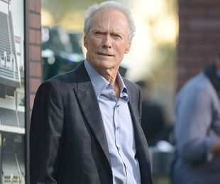 """Clint Eastwood: """"Astăzi ne îmbătăm cu corectitudinea politică. Ne-am pierdut simțul umorului"""""""