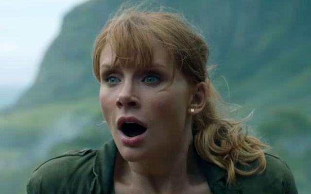 Bryce Dallas Howard a leşinat de frică în timpul filmărilor la Jurassic World: Fallen Kingdom