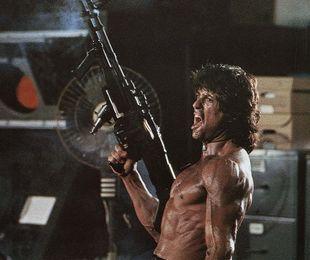 Rambo: seria-cult extrem de violentă, ce a reușit să pledeze contra violenței