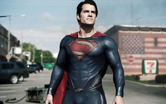 Henry Cavill va fi din nou Superman