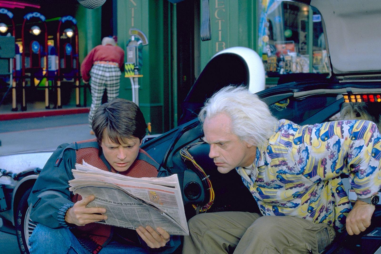 Înapoi în viitor 2 - Back to the Future 2 (1989) Online Subtitrat in Romana