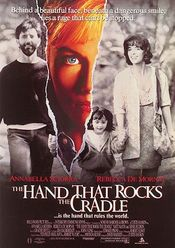Poster The Hand That Rocks the Cradle