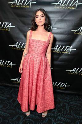 Rosa Salazar în Alita: Battle Angel