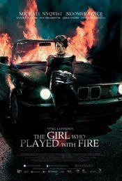Poster Flickan som lekte med elden