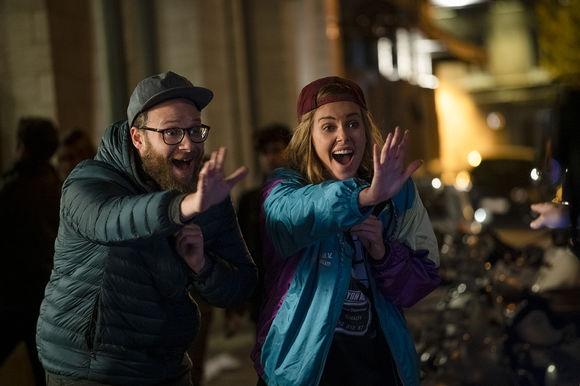 Charlize Theron, Seth Rogen în Long Shot