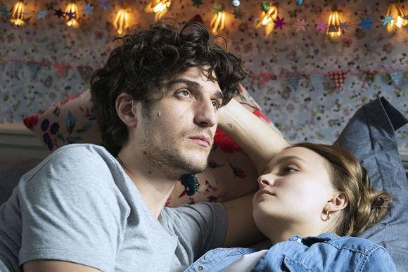 Louis Garrel, Lily-Rose Depp în L'homme fidèle