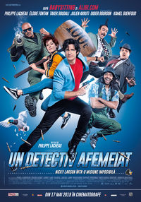 Poster UN DETECTIV AFEMEIAT